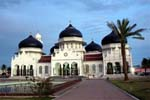 How to travel from Banda Aceh